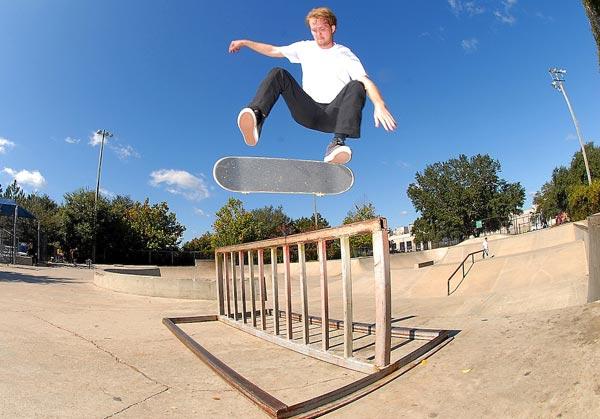 tipp kick tricks
