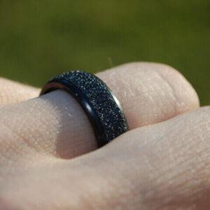 Black Metal Grip Ring