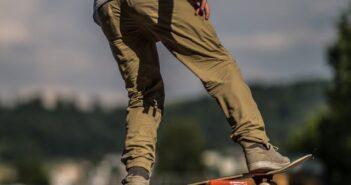 boardslide, skateboard