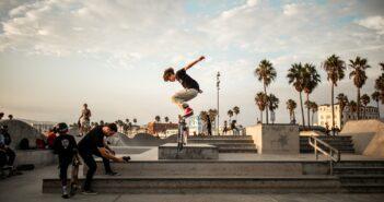 hardflip, skateboard, trick, skater