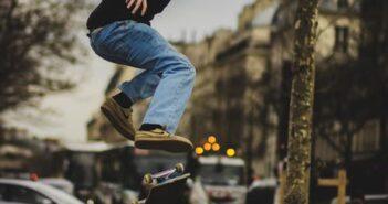 late flip, skateboard, trick