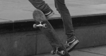 skateboard grinds, skate, grind, skateboarding, hurricane grind